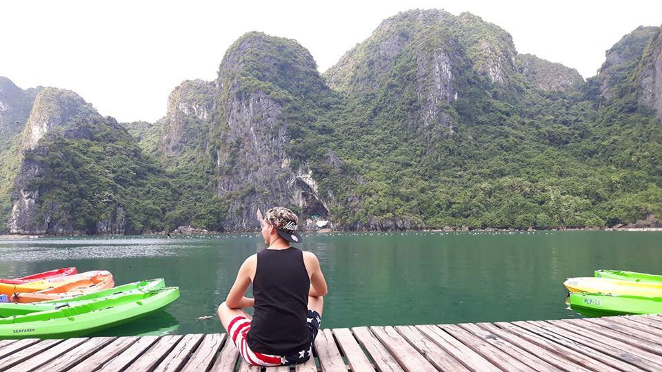 Zdjęcie na pomoście - Wietnam